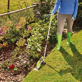 Garden Gear 7.2V Cordless Trimming Shears with Telescopic Handle & Wheel Attachment